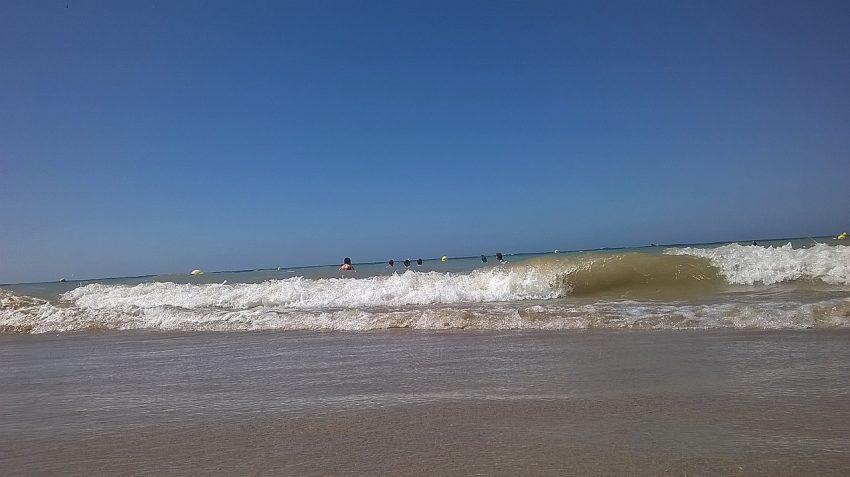 Пляж в испании город Рота