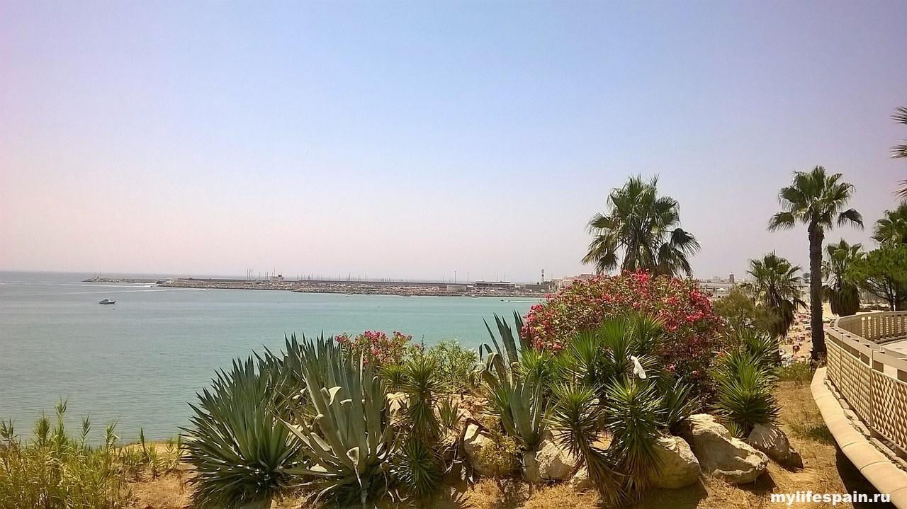 Пляж Playa Los Galeones Rota ИСПАНИЯ