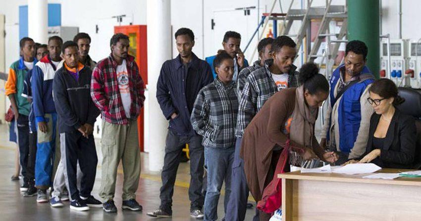 Работа с беженцами подростками