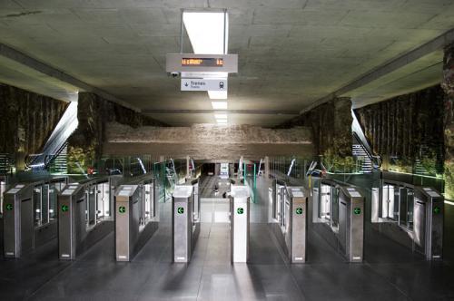 Metro - Granada