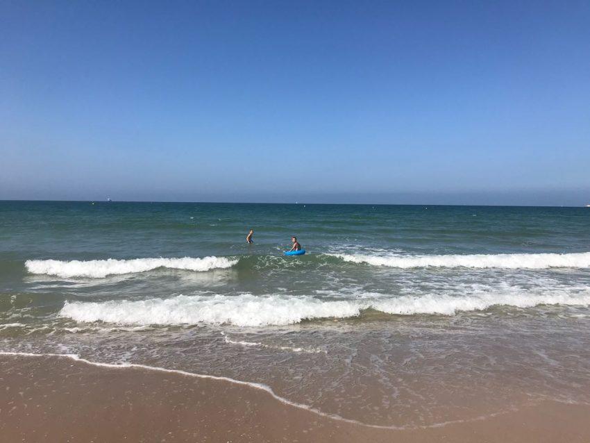 Пляж Fuentebravia Испания Пуэрто Санта ария