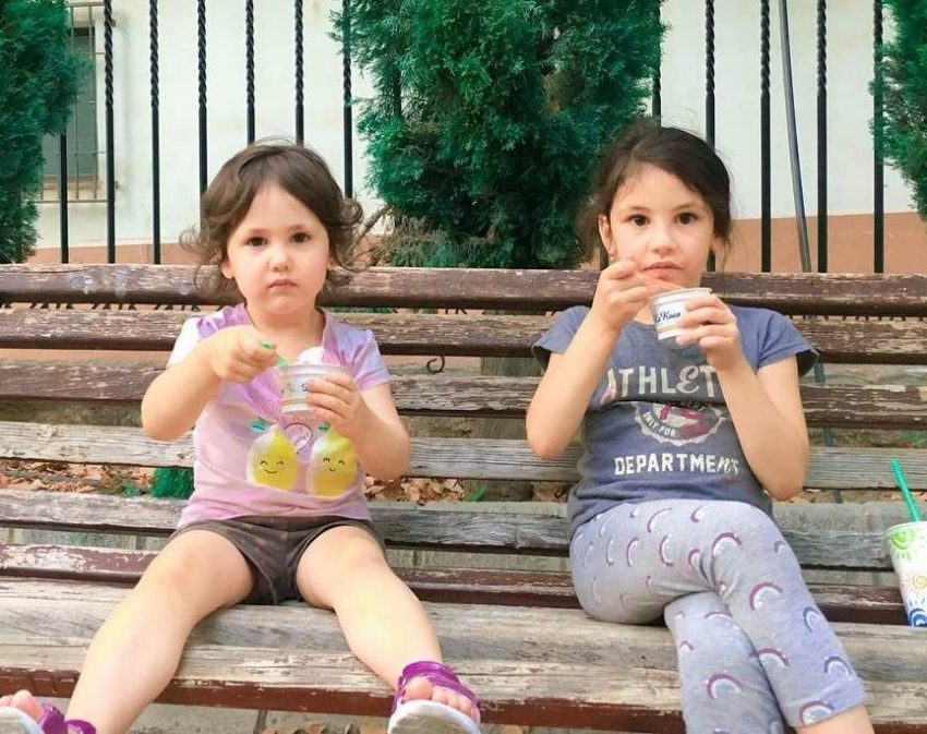 Испания и дети